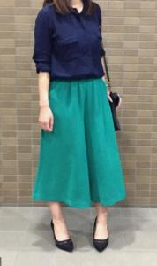 緑・グリーンのガウチョパンツの30代女性向けコーディネートに関する参考画像