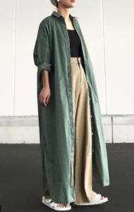 緑・グリーンのマキシ丈ワンピースの30代女性向けコーディネートに関する参考