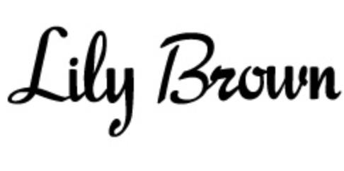 リリーブラウンのコーディネートに関する参考画像