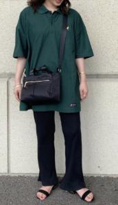 グリーンのポロシャツコーデに関する参考画像