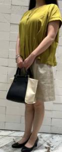 ショートパンツとプルオーバーのコーデに関する参考画像