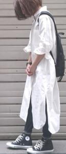 春のシャツワンピースコーデに関する参考画像