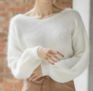 ランチ合コン探偵のトリンドル玲奈の衣装ブランドに関する参考画像
