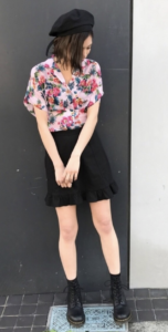 アロハシャツの春コーデに関する参考画像