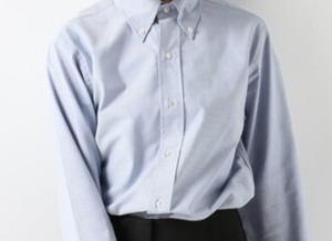 ボタンダウンシャツのコーデに関する参考画像