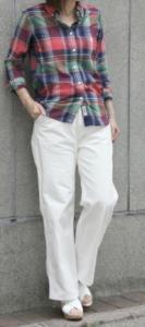 ボタンダウンシャツの春コーデに関する参考画像