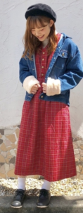ノースリーブワンピースの春コーデに関する参考画像