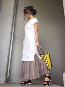 【2020年夏】かごバッグの人気色別コーデの参考画像