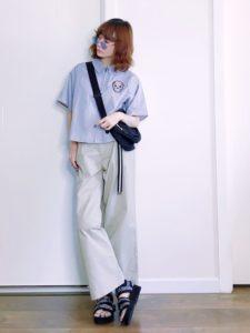 【2020年夏】レディース半袖シャツの人気色別コーデの参考画像