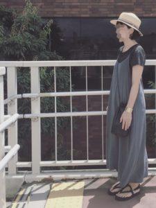 【2020年夏】レディース半袖ワンピースの人気色別コーデの参考画像