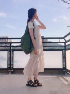 【2020年夏】レディーストートバッグの人気色別コーデの参考画像