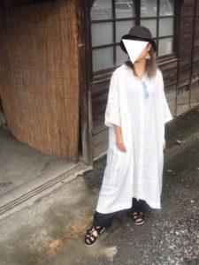 【2020年夏】麻ワンピースの人気色別コーデの参考画像