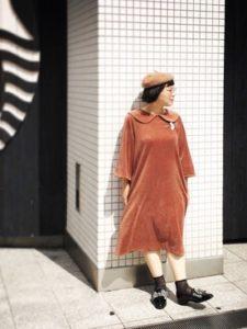 【2020年冬】ベロアワンピースの30代レディース向け色別流行コーデの参考画像