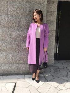 【2020年秋】ノーカラーコートの30代レディース向け色別流行コーデの参考画像