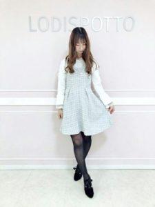 【2020年秋】ツイードワンピースの30代レディース向け色別流行コーデの参考画像