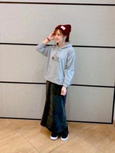 【2020年秋】ニット帽・キャップの30代レディース向け色別流行コーデの参考画像