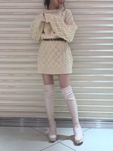 【2020年秋】ロングブーツの30代レディース向け色別流行コーデの参考画像