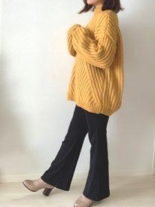 【2020年秋】ニットチュニックの30代レディース向け色別流行コーデの参考画像
