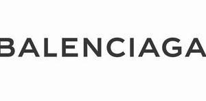 バレンシアガの年齢層に関する参考画像