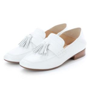 家政夫のミタゾノで飯豊まりえが着用している靴ブランドの参考画像