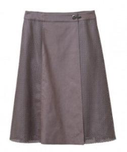 行列の女神で鈴木京香が着用しているスカートブランドの参考画像