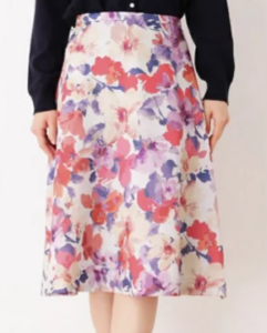 BG川栄李奈の衣装ブランドに関する参考画像