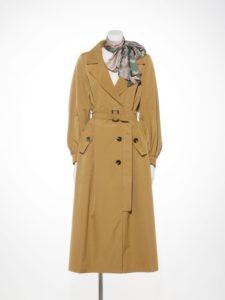ギルディで新川優愛さんが着用しているコートブランドの参考画像