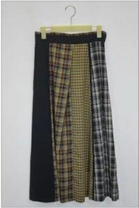 ギルティで新川優愛さんが着用しているスカートブランドの参考画像