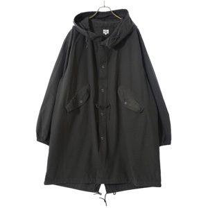 MIU404で星野源さんが着用しているコートブランドの参考画像
