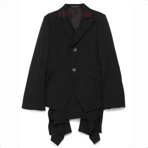 未解決の女2で鈴木京香さんが着用しているジャケットブランドの参考画像