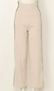 親バカ青春白書今田美桜の衣装ブランドに関する参考画像
