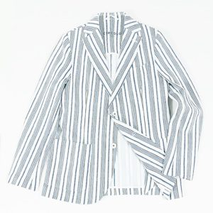 おカネの切れ目が恋のはじまりで三浦春馬さんが着用しているジャケットブランドの参考画像